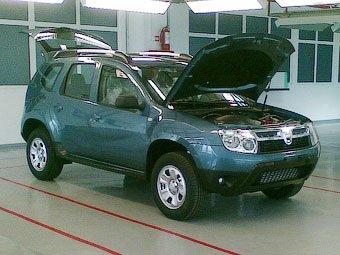 Dacia готовится к выводу на рынок кроссовера Duster за 11 тыс. евро