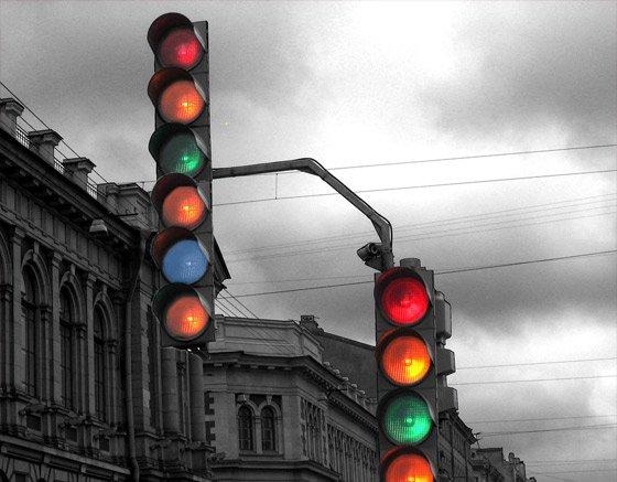 Ауди (Audi) наладила контакт со светофорами