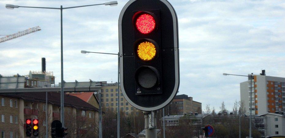 Московские пробки разгонят светофорами