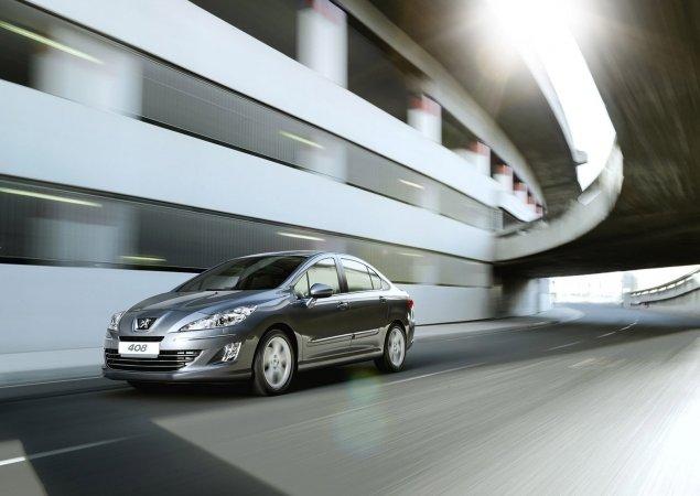 Пежо 408 (Peugeot 408) получил 5 звезд в тесте NCAP