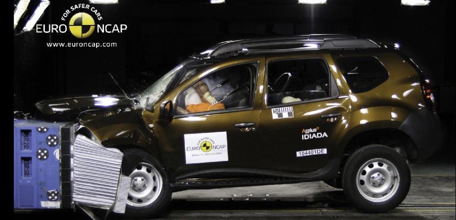 Рено Дастер (Renault Duster) заработал 3 звезды