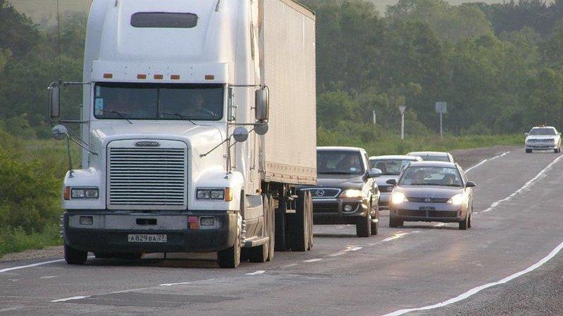 Трассы закроют для грузовиков