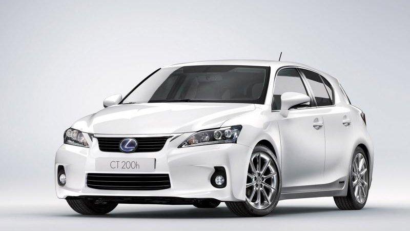 Старт продаж Лексус (Lexus) CT 200h