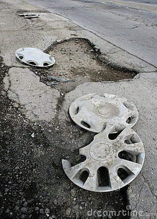 Ямы на дорогах могут запретить