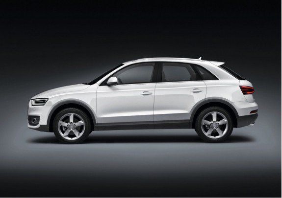 Ауди (Audi) представил новый кроссовер Q3