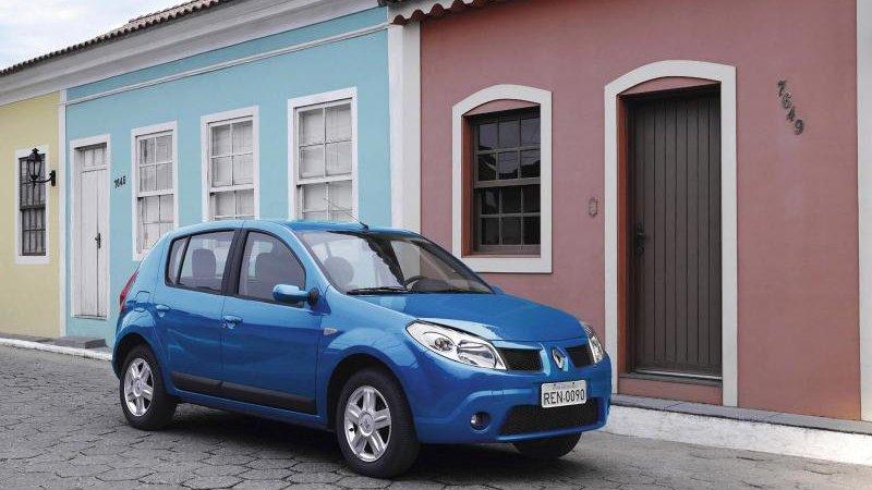 Российские Рено (Renault) пошли на экспорт