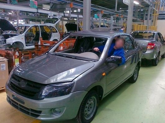 ВАЗ начал производство Лада Гранта
