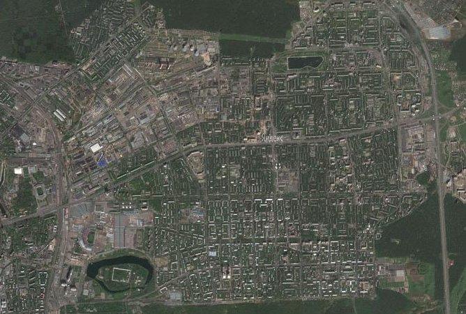 Щелковское шоссе стало уже на одну полосу