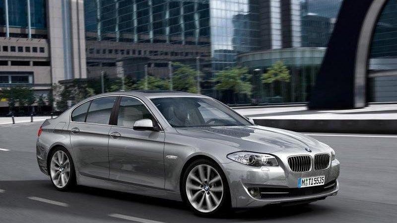 Чиновники потратят более 310 млн рублей на БМВ (BMW)