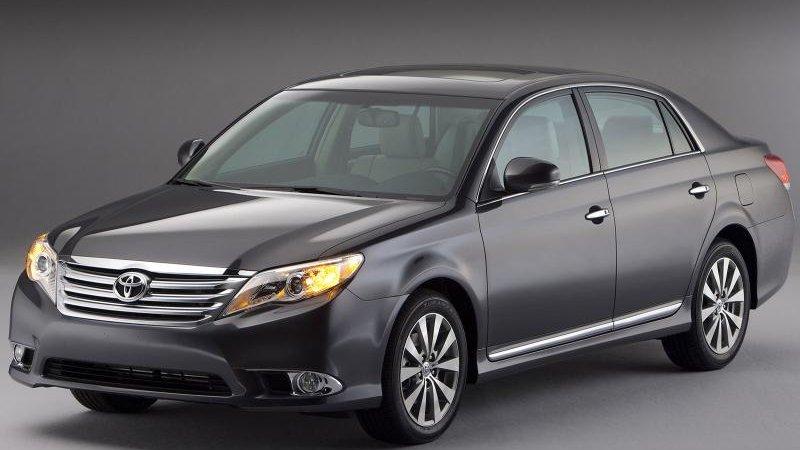 Новая Тойота Камри (Toyota Camry) в продаже осенью
