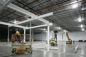 GM строит собственный завод по производству литий-ионных батарей