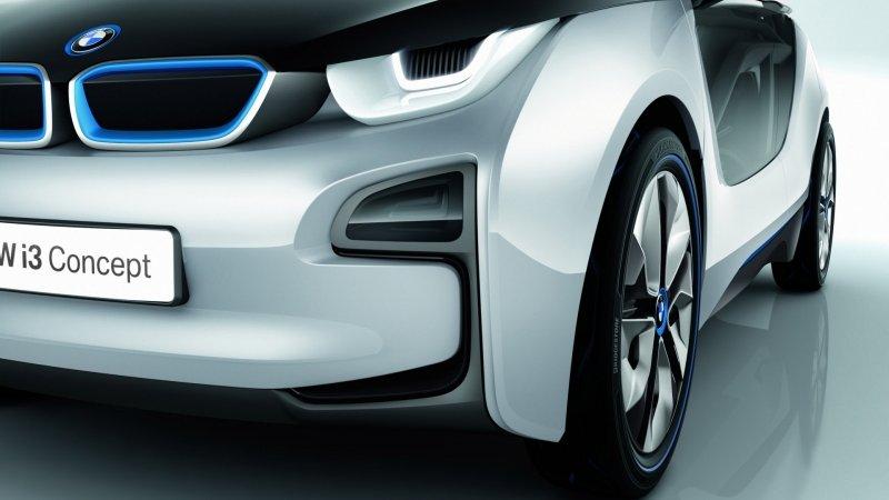 БМВ (BMW) отзывает 241 тысячу авто