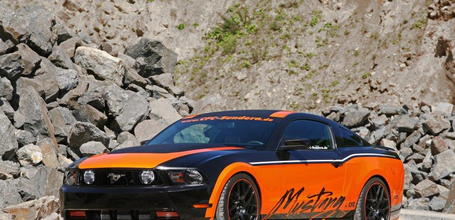 Design World раскрасил Форд Мустанг GT 5.0 (Ford Mustang GT 5.0)