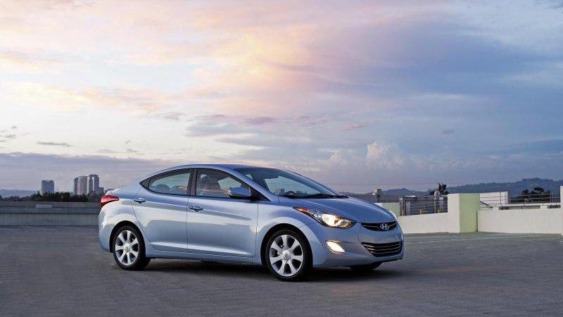 Цена нового Хендай Элантра (Hyundai Elantra) бъет рекорды