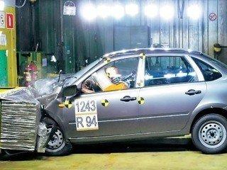 Первый успешный краш-тест Лады Гранты (Lada Granta)