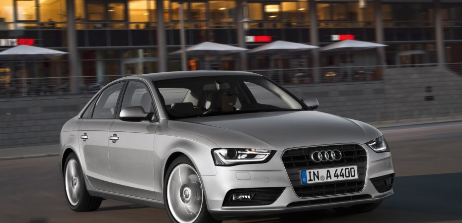 Ауди (Audi) обновила модельный ряд А4 и S4