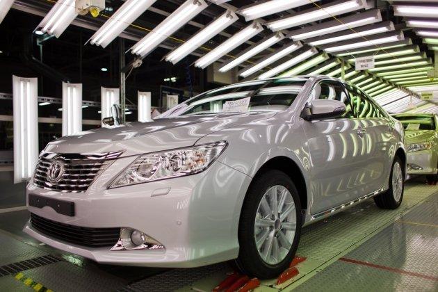 Новую Тойоту Камри (Toyota Camry) начали собирать в России