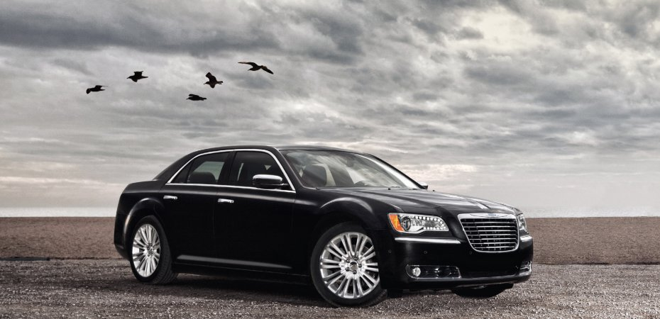 Новый Chrysler 300 — в десятке лучших семейных автомобилей 2012 года
