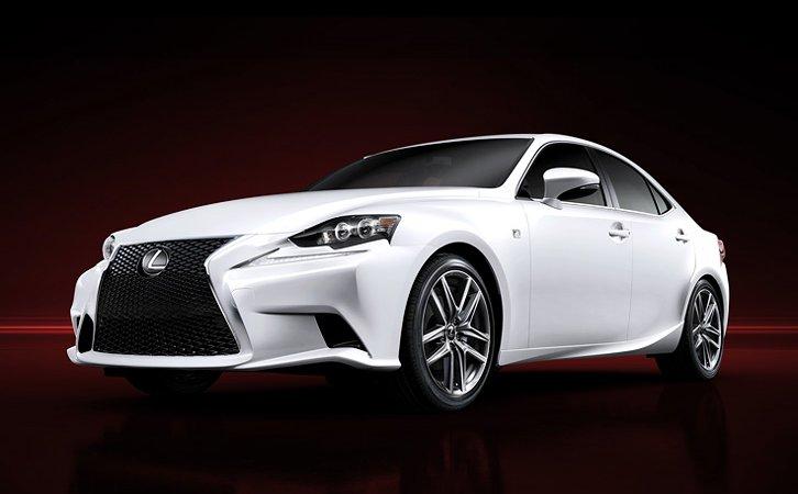 Lexus IS подешевел