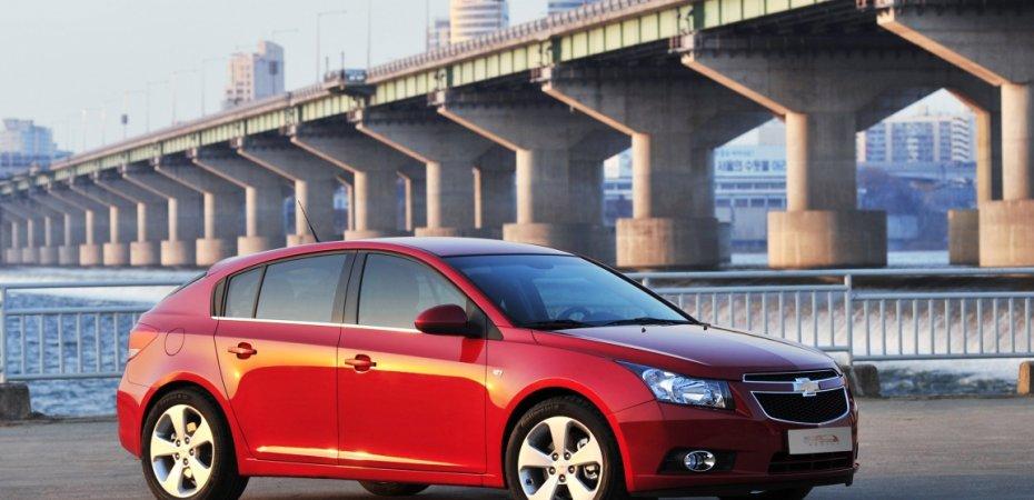 Обновление Chevrolet Cruze отложили