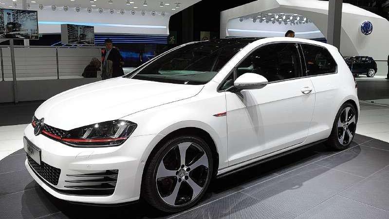 Новый Volkswagen Golf GTI уже в продаже