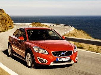 Volvo показала обновленный С30