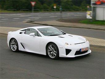 Суперкар Lexus LF-A уже проходит финальные тесты