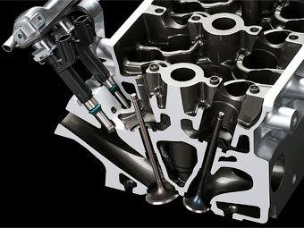 Nissan разрабатывает систему двойного впрыска топлива