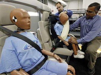 Ford начнет выпускать надувные ремни безопасности