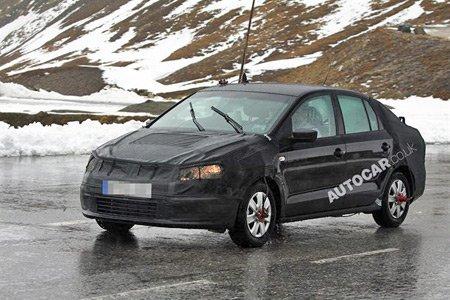 Volkswagen испытывает седан на базе Polo