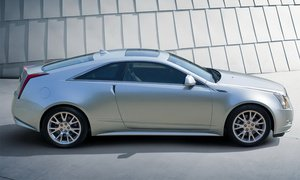 Cadillac официально представил купе CTS 2010