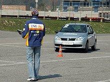 Renault будет содействовать безопасности дорожного движения