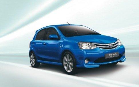 Тойота (Toyota) готовит конкурента для Рено Логан (Renault Logan)