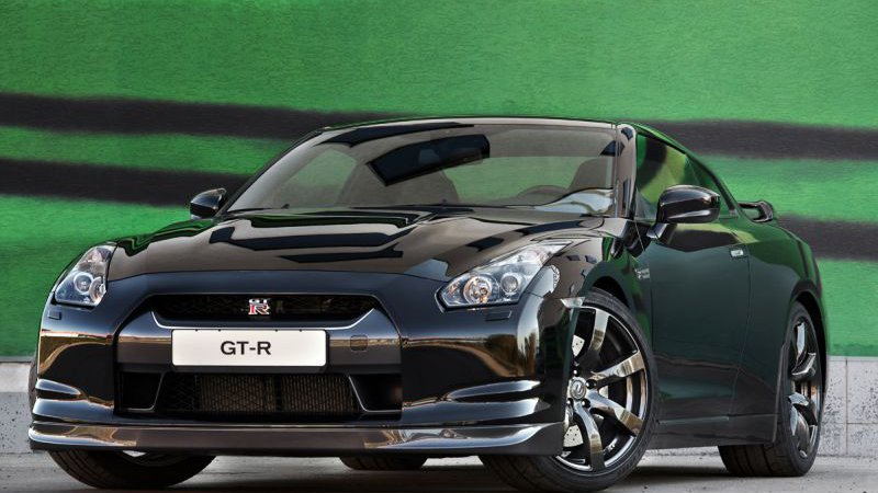 Ниссан GT-R (Nissan GT-R) 2010 модельного года – старт продаж