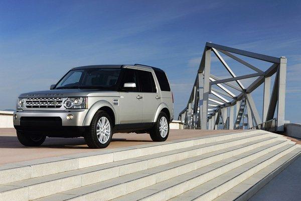 Журнал «What Car?» назвал Ленд Ровер Дискавери 4 (Land Rover Discovery 4) лучшим