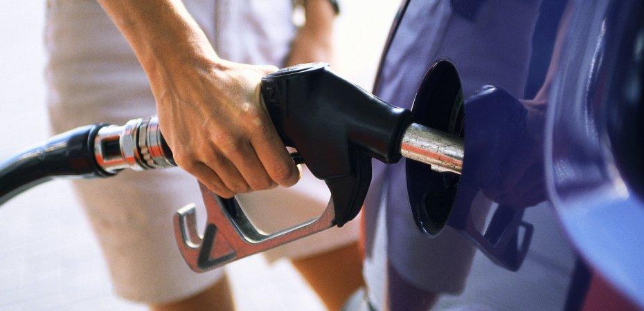 Дума отказалась включать транспортный налог в стоимость бензина