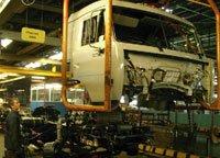 Выпуск грузовых автомобилей в России упал в 3,6 раза