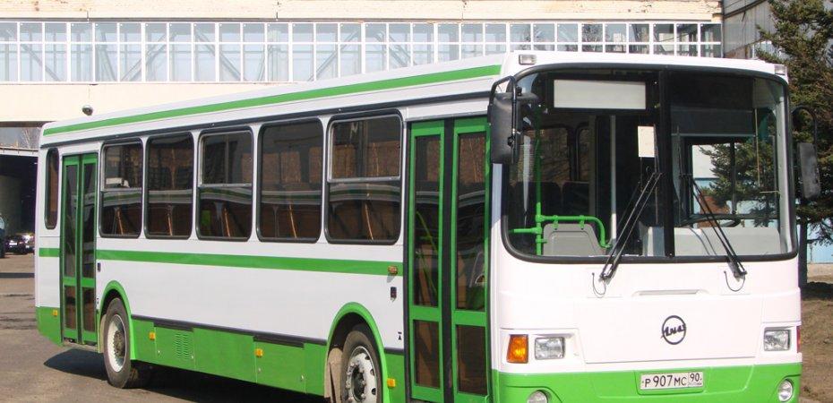 На юге и востоке Москвы введут спецполосы для автобусов