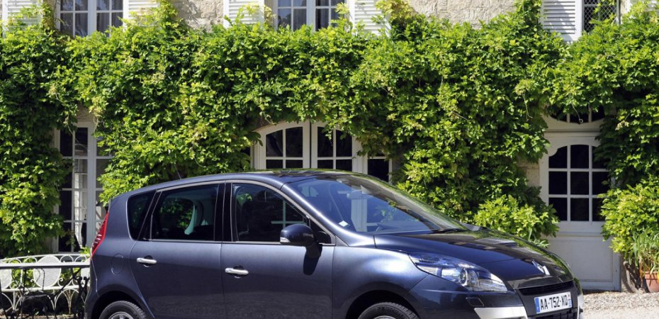 Рено (Renault) начал продажи нового Сценик (Scenic)