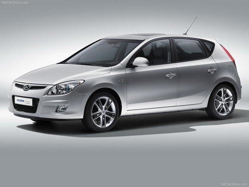 Долгожданная встреча братьев – близнецов  Hyundai i30 и Kia Cee'd  в России