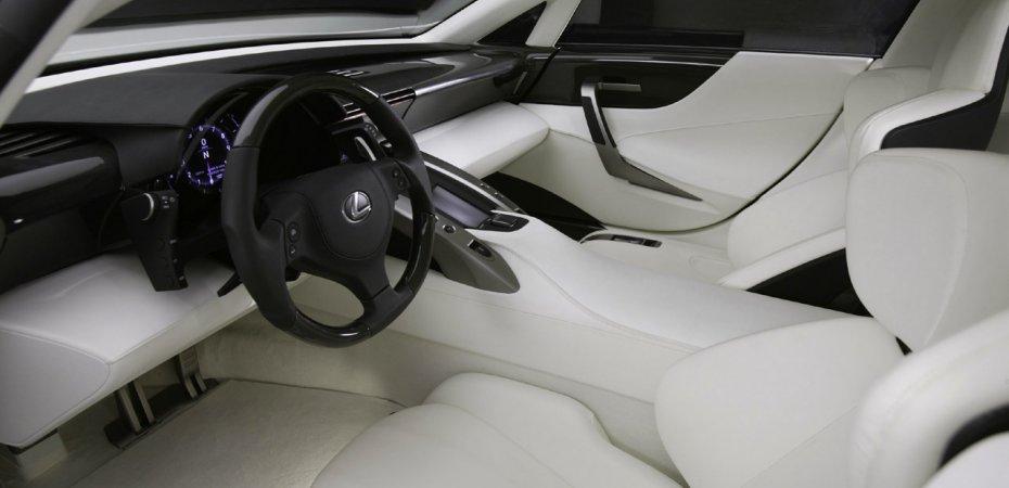 Lexus LF-A будет выпущен несмотря на кризис
