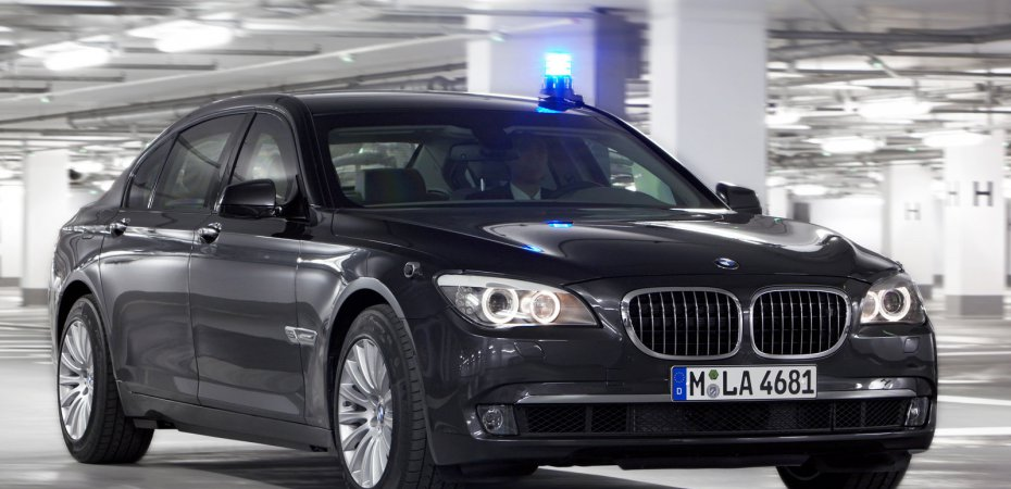 BMW представил бронированный BMW 7 High Security