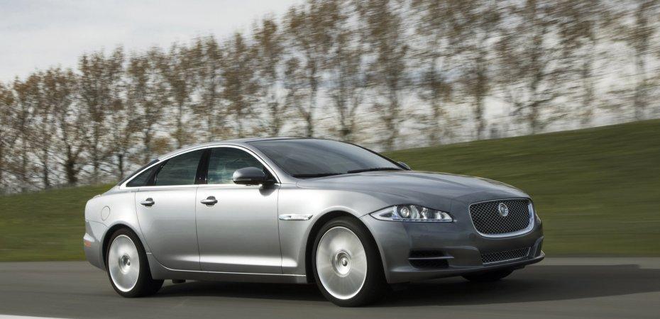 Jaguar наконец-то представил XJ