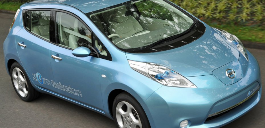 Электромобиль Nissan Leaf объявлен автомобилем 2011 года
