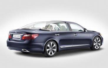 Lexus представляет уникальный LS 600h L Landaulet