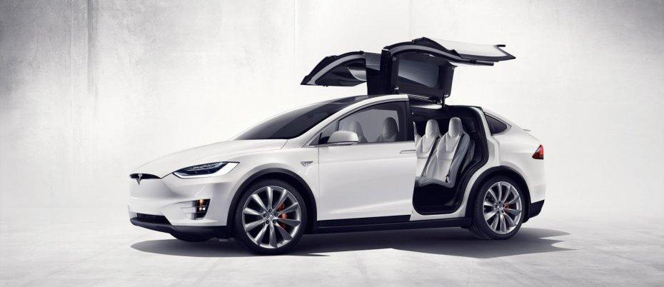 Tesla Model X: 3,2 с до 100 км/ч