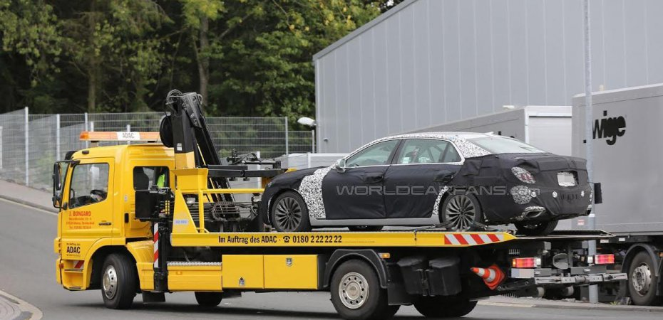 Hyundai Equus сломался на тестах