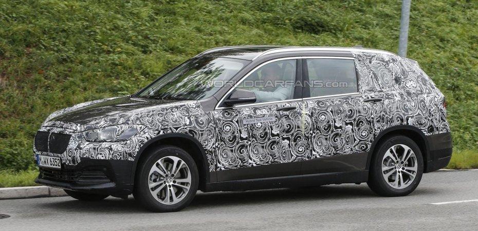 7-местный BMW X1: новые детали