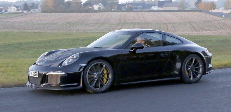 Первая встреча с Porsche 911 R