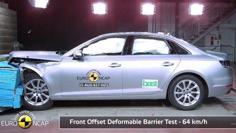 Audi A4 разбили на 5 звезд
